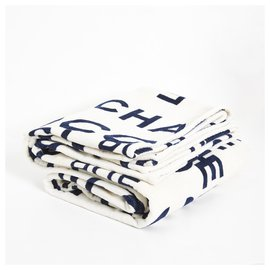 Chanel-N5 Cambon 31-White,Navy blue