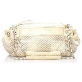 Chanel-Chanel White Lax Accordion Wool Shoulder Bag-White