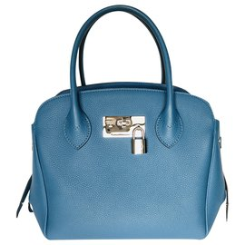 Louis Vuitton-Milla pm-Blue