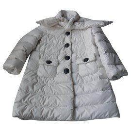 Moncler-MONCLER Long white down jacket in GOOD CONDITION 5 ans-White