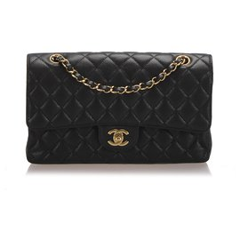 Chanel-Chanel Black Jumbo Classic Caviar Leather lined Flap Bag-Black,Golden