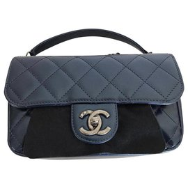 Chanel-New small padded bag-Blue