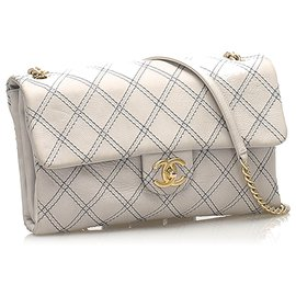 Chanel-Chanel White CC Turnlock Timeless Lambskin Leather Flap-White,Blue,Navy blue