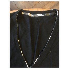 Burberry-Black virgin wool V-neck sweater-Black