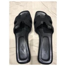 Hermès-Sneakers-Black
