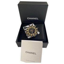 Chanel-Chanel Broche Soleil , neuve & rare-Multicolore