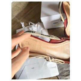 Dior-Des sandales-Rouge