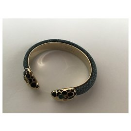 Bulgari-Bracelet manchette ouvert plaqué or en cuir Bvlgari-Autre