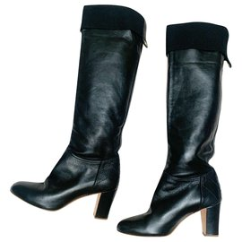 Chanel-Black leather boots-Black