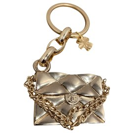 Chanel-Bag charms-Golden