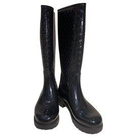Louis Vuitton-Louis Vuitton Drops Boots-Black
