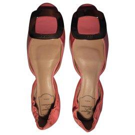 Roger Vivier-Roger Vivier's Dorsay ballerina-Pink