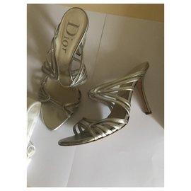 Dior-Des sandales-Argenté