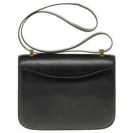 Hermès-Splendid Hermès Constance 23 black box leather, gold plated metal trim-Black