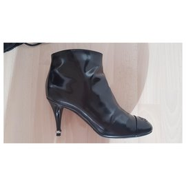 Chanel-Patent leather ankle boots-Black