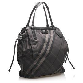 Burberry-Burberry Black Smoke Check Buckleigh Nylon Tote Bag-Black,Grey