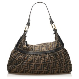 Fendi-Fendi Brown Zucca Chef Canvas Shoulder Bag-Brown,Black