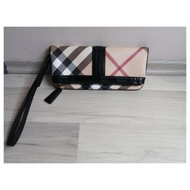 Burberry-Clutch bags-Beige