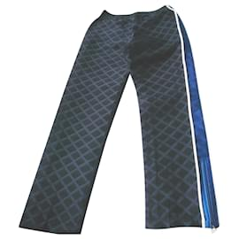 Chanel-CHANEL Midnight blue embossed and black silk pants on the T side36-Blue