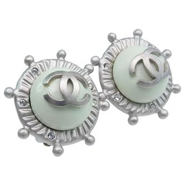 Chanel-Boucle d oreille chanel-Vert