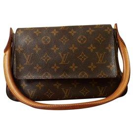 Louis Vuitton-Louis Vuitton Monogram Mini Looping Bag-Brown