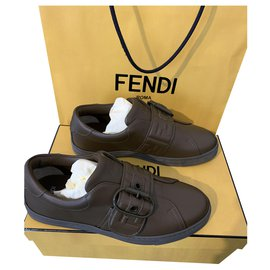 Fendi-Sneakers-Brown
