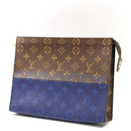Louis Vuitton-LOUIS VUITTON Pochette voyage MM Mens clutch bag M63066-Other