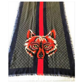 Gucci-Gucci monogram wolf scraf-Multiple colors
