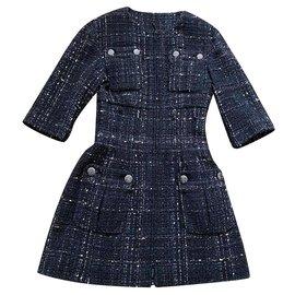Chanel-8,6K$ Supermarket Runway coat-Black