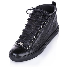 Balenciaga-Balenciaga Black Classic Arena High Top Leather Sneaker-Black