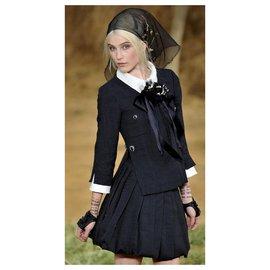 Chanel-7K$ Runway black tweed jacket-Black