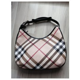 Burberry-Totes-Beige