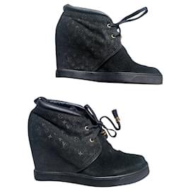 Louis Vuitton-Louis Vuitton Millenium Wedge sneakers-Black