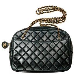 Chanel-Large vintage camera bag-Black
