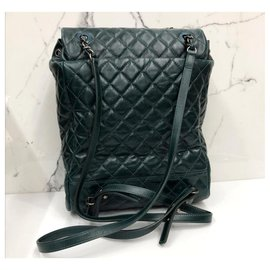 Chanel-Chanel dark green calf leather backpack-Dark green