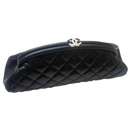 Chanel-Chanel black lambskin Timeless clutch-Black