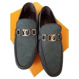Louis Vuitton-Louis Vuitton Hockenheim Suede Loafers-Blue