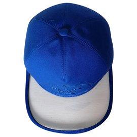 Prada-LOGO-Blue