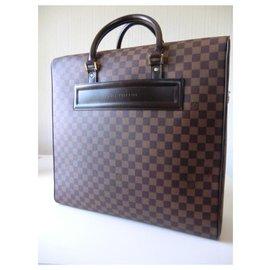 Louis Vuitton-Louis Vuitton Nolita suitcase-Dark brown