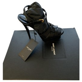 Yves Saint Laurent-Heels-Black