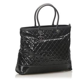 Chanel-Chanel Black Matelasse Patent Leather Travel Bag-Black