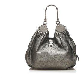 Louis Vuitton-Louis Vuitton Gold Mahina XL Hobo Bag-Golden