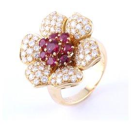Picchiotti-Picchiotti 18K Gold Diamond Ruby Flower Ring-Yellow