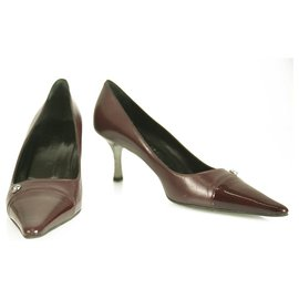 Chanel-CHANEL Burgundy Leather with Patent Leather Cap Toe Pumps Shoes Heel Pointy 38-Dark red