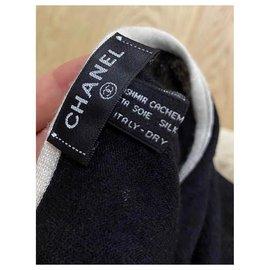 Chanel-Chanel cashmere and silk CC stole shawl-Black