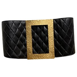 Chanel-Belts-Black,Golden