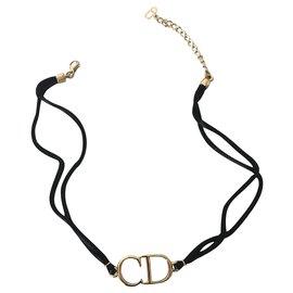 Dior-Colliers-Noir,Doré