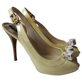 Louis Vuitton-Sandals-Yellow