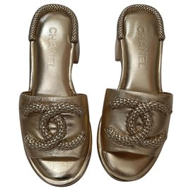 Chanel-Leather slippers-Golden