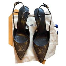 Louis Vuitton-SALÓN DESTALONATE CHÉRIE ZAPATO-Dark brown